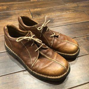 Men's size 13 dr marten brown leather shoes